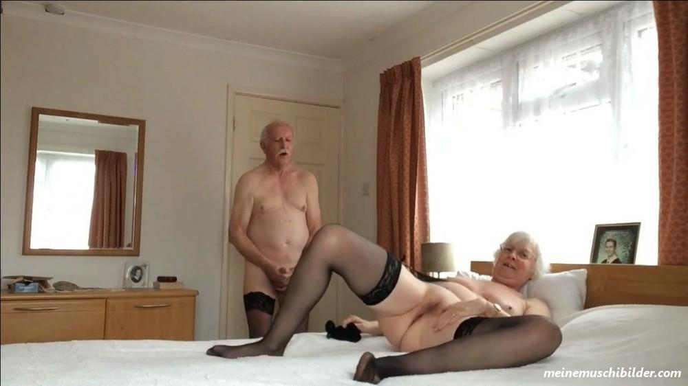 Bilder granny fotzen MILF PUSSY